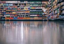Jakie elementy mają znaczenie w procesie powstawania etykiet na opakowania